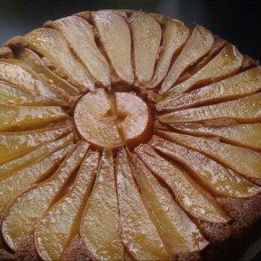 Pear & AlmondCake